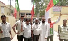 SDPI Hapur District Unit submitted a memorandum with the DM demanding revocation of fuel price hike