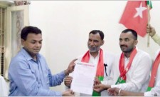 Memorandum being submitted by SDPI Muzaffar Nagar District