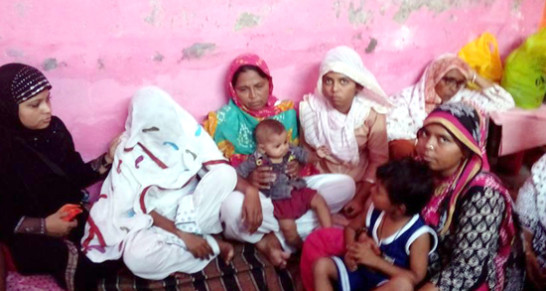 Women Members of the SDPI delegation with wife & mother of the victim